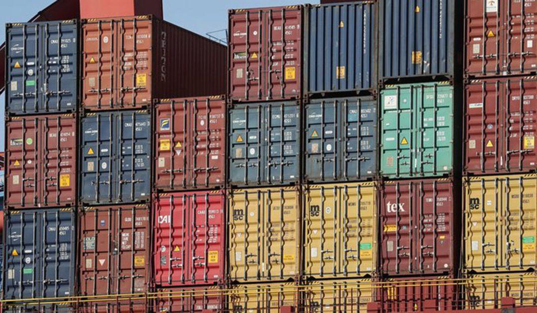 El severo control de importaciones compromete la posibilidad de generar dólares con la exportación.